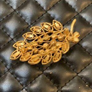 Vintage Jewelry - Gorgeous Vintage Gold & Pink Rhinestone Brooch